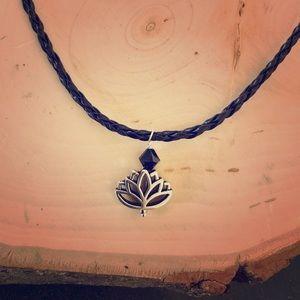 Jewelry - Lotus flower braided choker